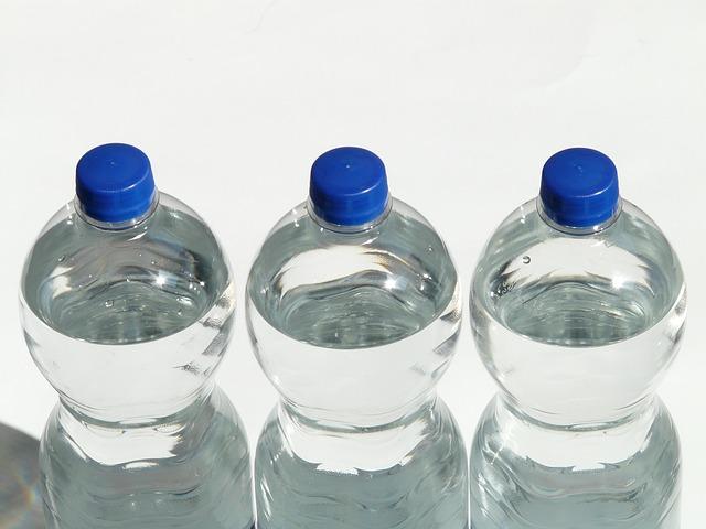 L'eau potable : polémique sur la valeur marchande d'un bien commun. Quels contrats pour quels types de marchés ?